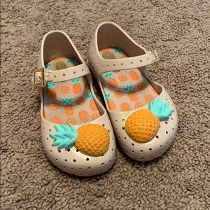 Mini Melissa pineapple shoes size 7, GUC